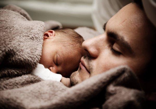 על שינה נכונה ויתרונות השינה המשותפת